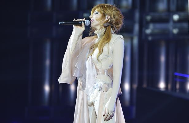Vos chanteurs préférés, vos idoles... Articl10