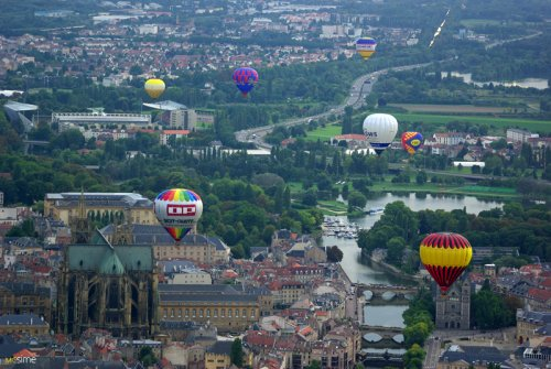 La conquête de l'espace au XVIIIe siècle, les premiers ballons et montgolfières !  Metz-e10