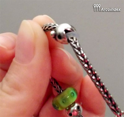 Как сделать клипсы из Mr.&Ms. Ghost Fighter Trollbeads Clip0410