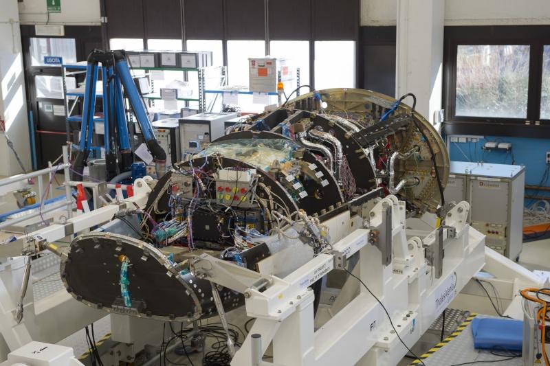 IXV : Intermediate eXperimental Vehicle de l'ESA - Page 3 Ixv_du10