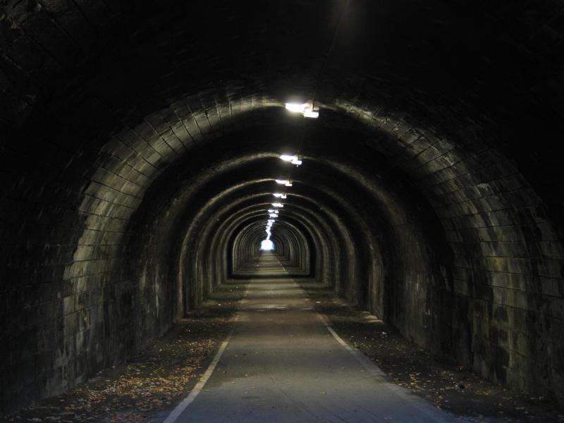 Une base pour la Globex Research Center Tunnel10