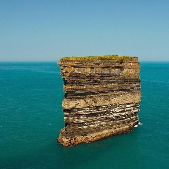 Le rocher de Downpatrick Head Dun-br10