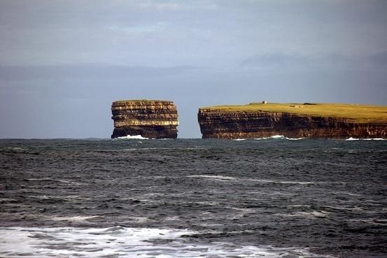 Le rocher de Downpatrick Head Dun-br11