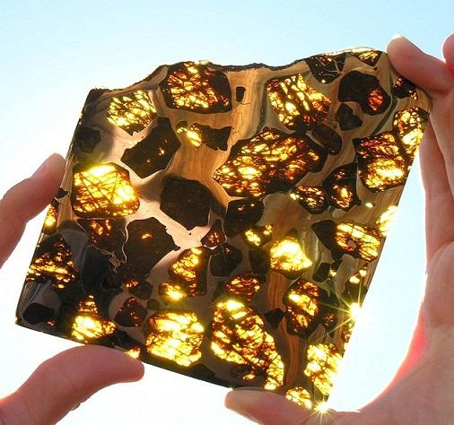 La météorite de Fukang Fukang11
