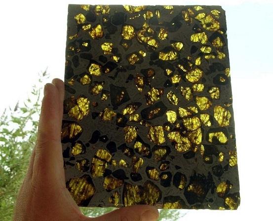 La météorite de Fukang Fukang12