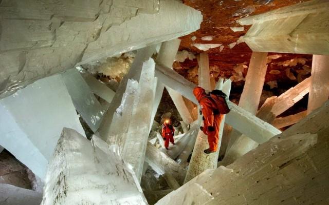 Les cristaux géants de Naica Grotte10