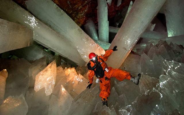 Les cristaux géants de Naica Naica_10
