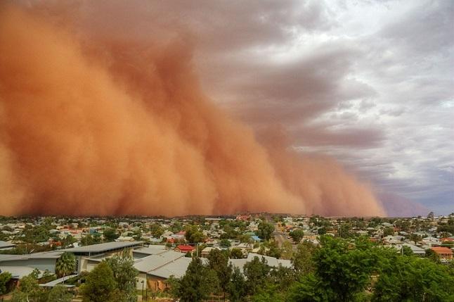 Tempêtes de poussière Sandst10