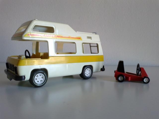 Playmobil - lotto con Camper Playmo10
