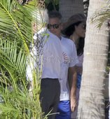 George Clooney in Mexico G-cabo10