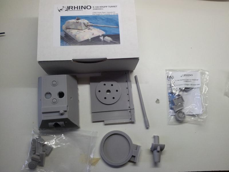 [Terminé] E-100 DRAGON 1/35 avec PE Voyager Model + tourelle KRUPP (par Rhino) + chenilles Friul 20140112