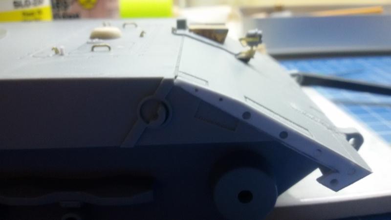 [Terminé] E-100 DRAGON 1/35 avec PE Voyager Model + tourelle KRUPP (par Rhino) + chenilles Friul 20140412