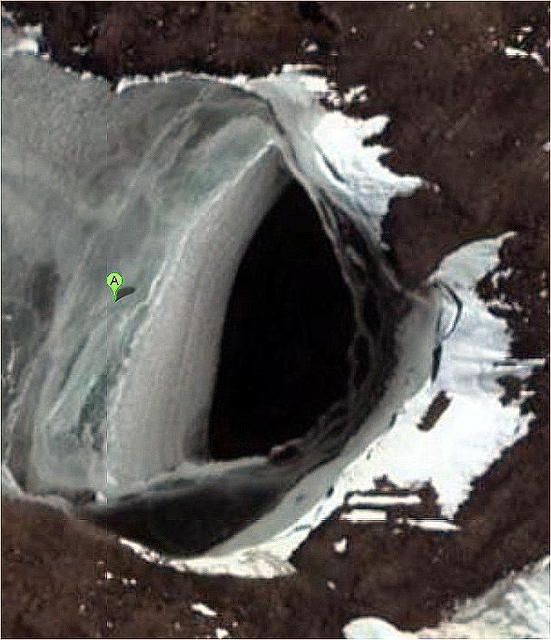 Les ovnis ont ils des bases dans notre système solaire? - Page 6 Antart10
