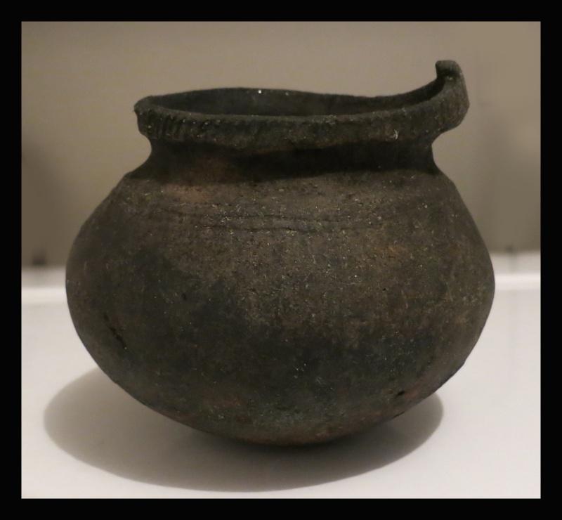 Vase amérindien Poteri10