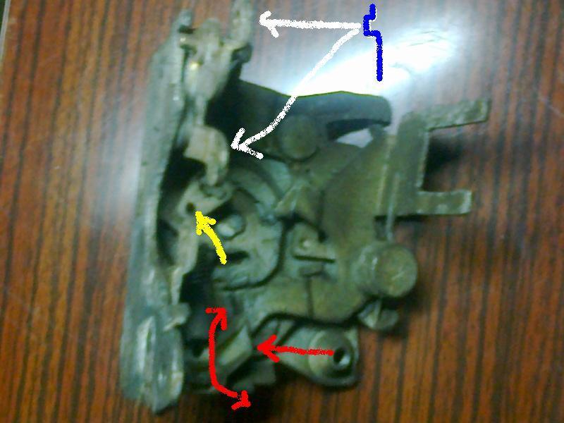 probléme pour retirer la gache de porte  Photo013