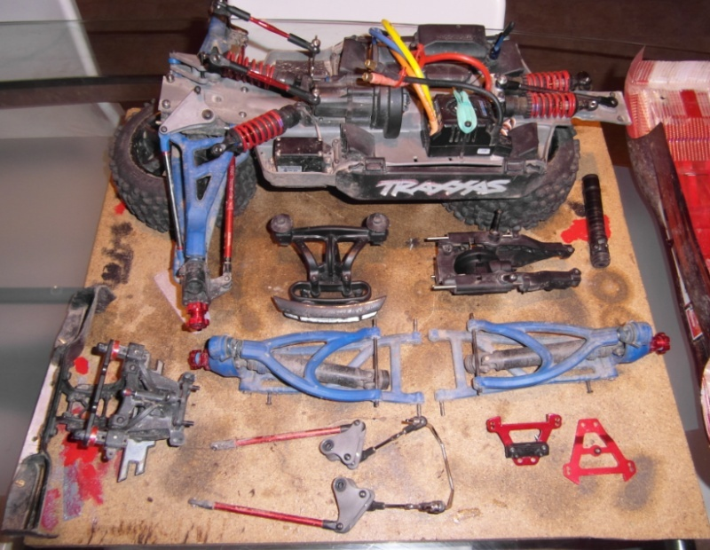presentatation d'un e-revo brushless hobbywing - Page 2 Revisi10