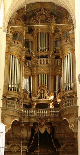 Les orgues (instrumentS) - Page 2 Rostoc10