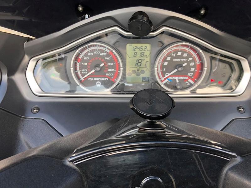 VEND Quadro 4 - 350cc PERMIS B Bl6j10