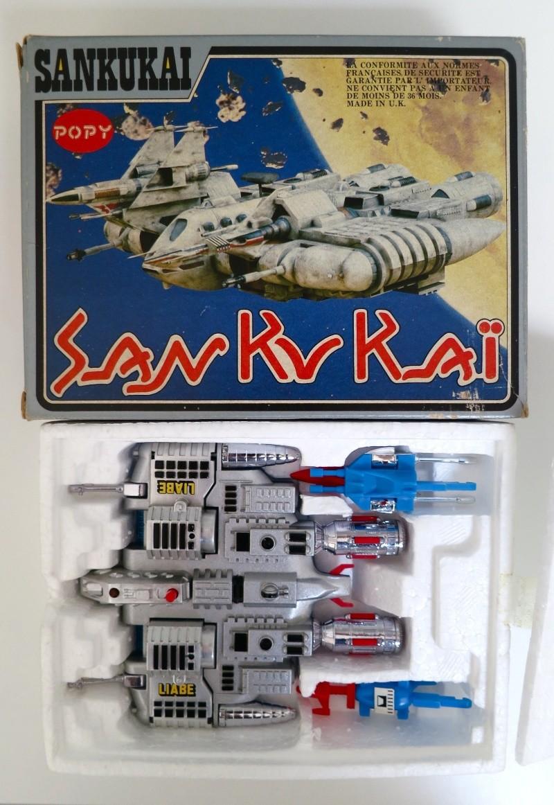 SAN KU KAI, c'est la bataille... Message from space - POPY - Page 2 Liabe_13
