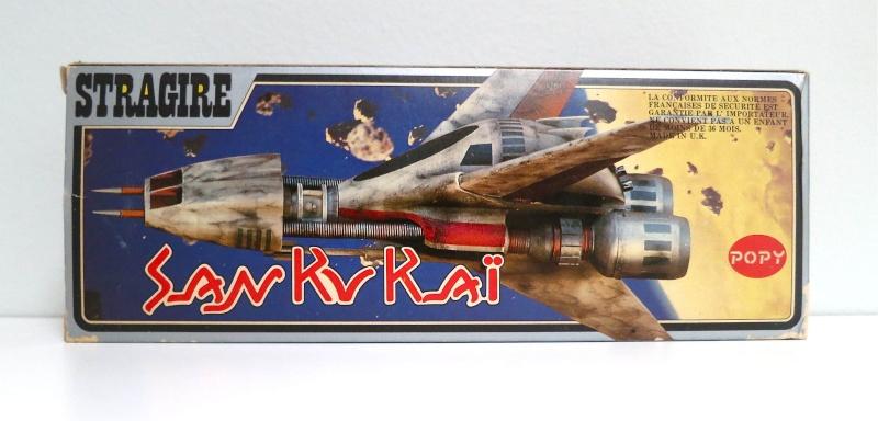 SAN KU KAI, c'est la bataille... Message from space - POPY - Page 2 Stragi10