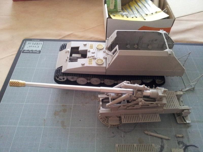geschutzwagen tiger fur 17cm kanone 72 (sf) [Trumpeter, 1/35] - Page 2 20140436