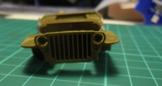 Willys Jeep Italeri épave 1/35 (Finie) - Page 2 Z10