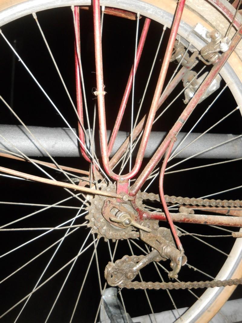 Randonneuse artisanale  BRIVAL 650B (8 vitesses 1952-55) 2014-214