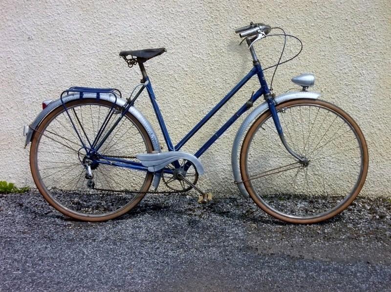 Cycles PETROGNANI   1950 cadre anglais  2014-658
