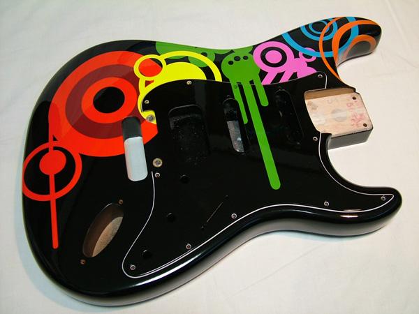 Mami's guitar help 6v0fr10