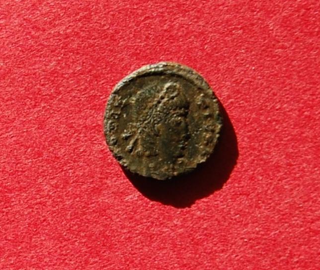 Nummus de Constance II - demande d'aide sur texte en exergue Dsc_0916
