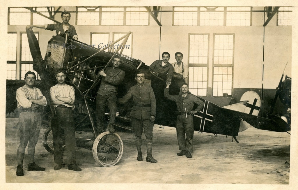 "[Concours WWI] Fokker D.VII ""Early"" - Max Kliefoth / Jasta 19 - Octobre 1918 - 1/32 - Page 5 9c233610"