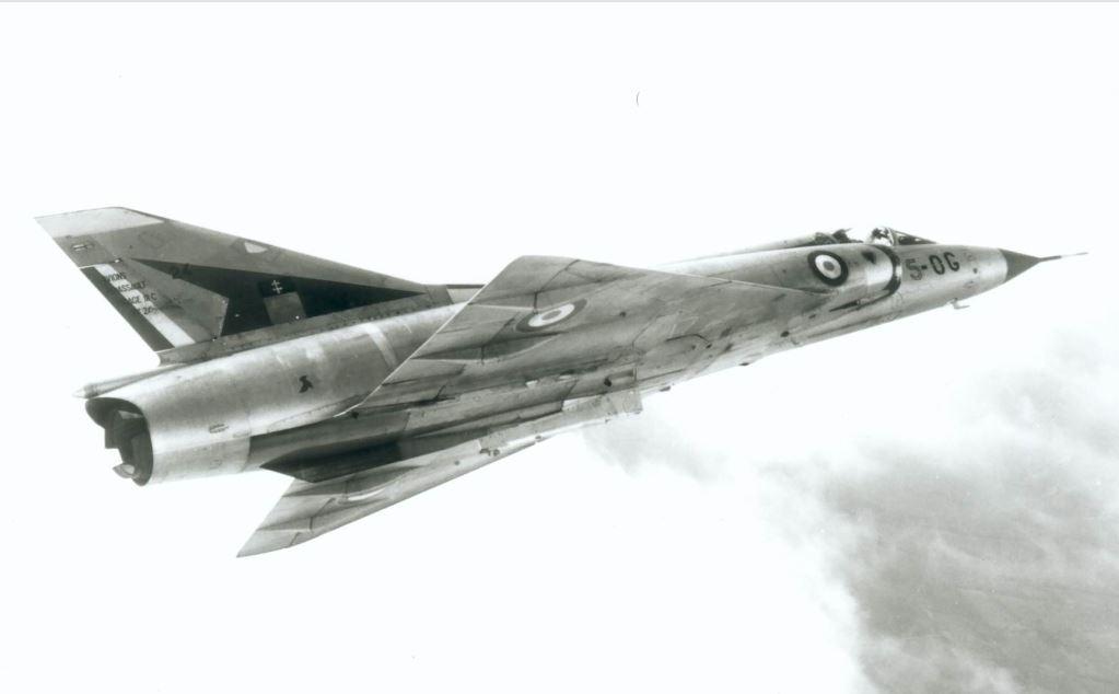 De l'alu dans l'azur - Mirage IIIC (Eduard 1/48) - Page 16 Iii-c_13