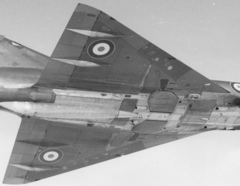 De l'alu dans l'azur - Mirage IIIC (Eduard 1/48) - Page 16 O1_9_i14