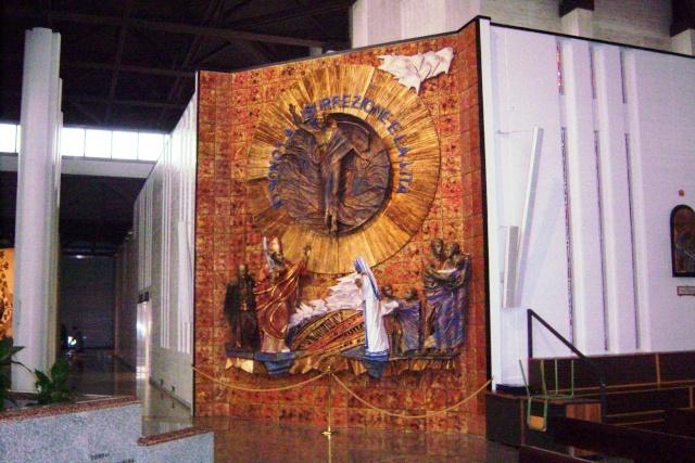 Venez voir le Santuaire de St Gabriel, province de Teramo 100_5634