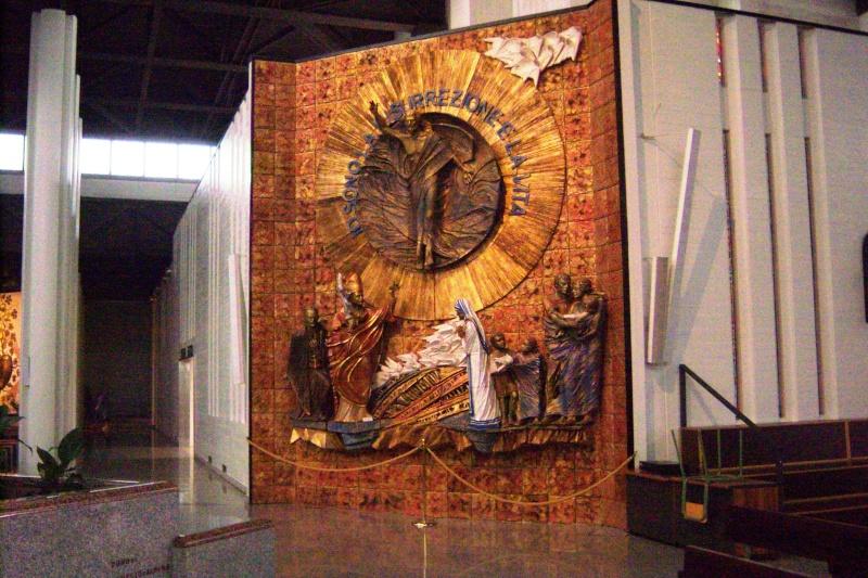 Venez voir le Santuaire de St Gabriel, province de Teramo 100_5635