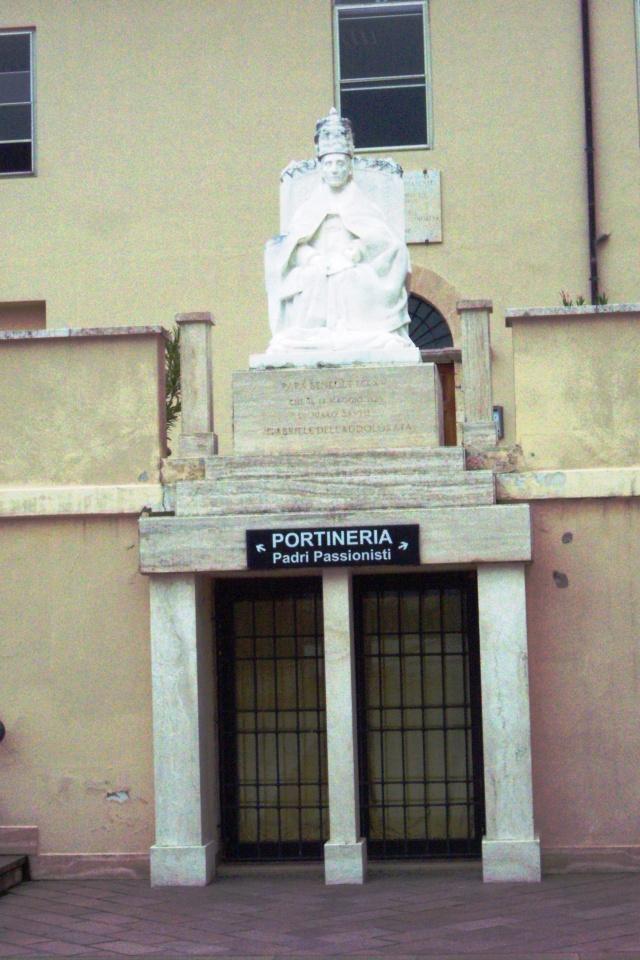 Venez voir le Santuaire de St Gabriel, province de Teramo 100_5644