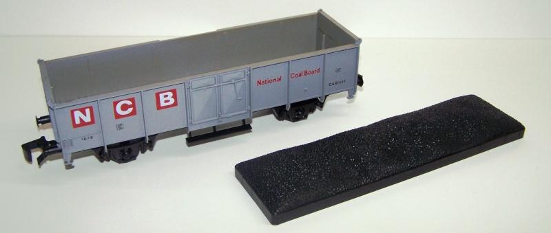 Constitution du wagon tomberau type europeen de Lima au 1/45. Charbo10