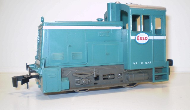 Recherche locotracteurs... P1080010
