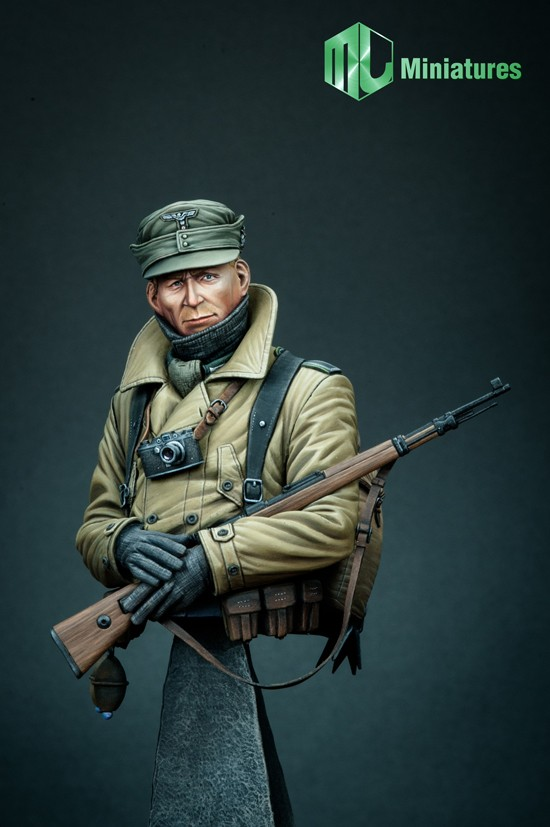 german Gebirsjäger WW II  bust Mj_min10