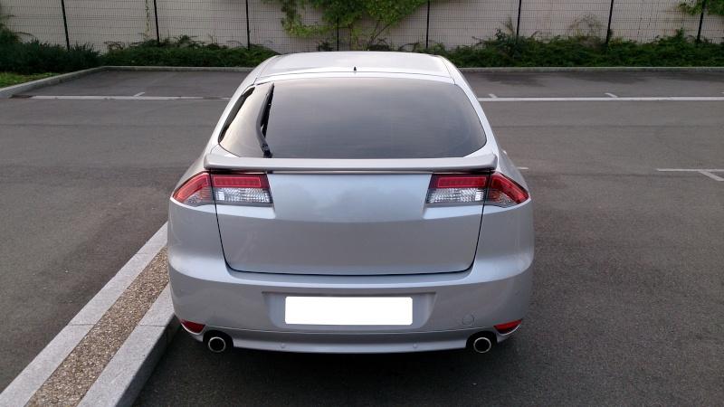 [audison] Laguna III.1 coupé Black édition 2.0 dci 150 - Page 12 0810