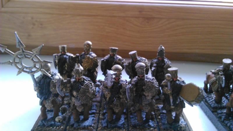 [Mercenaire V8] Conversion puis peinture d' une nouvelle armée à thème Dsc_0036