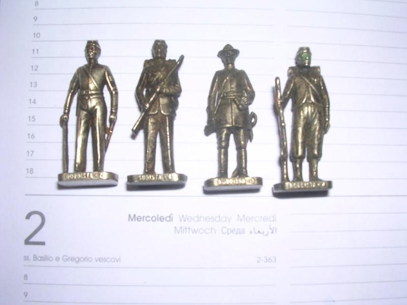 soldatini kinder in metallo 00117