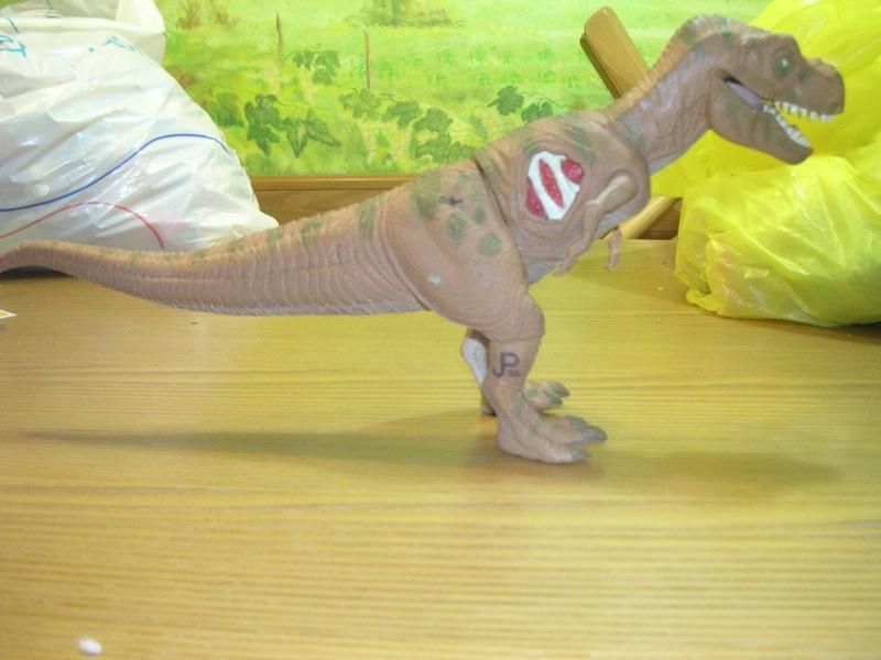 Cerco dinosauri e veicoli jurassic park 00219