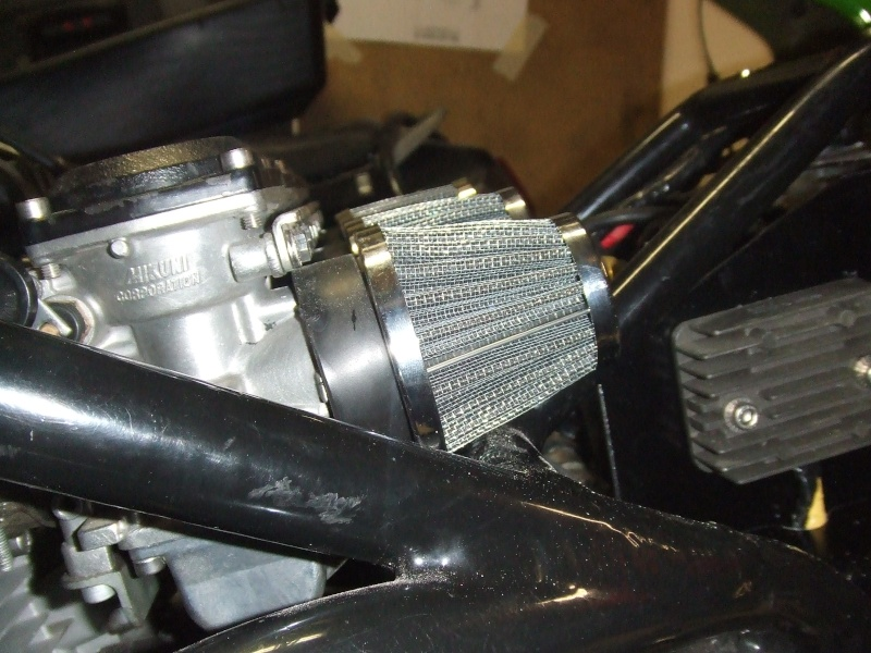 moteur z900/1000 avec carbu de 34 dans cadre martin  Dscf3115