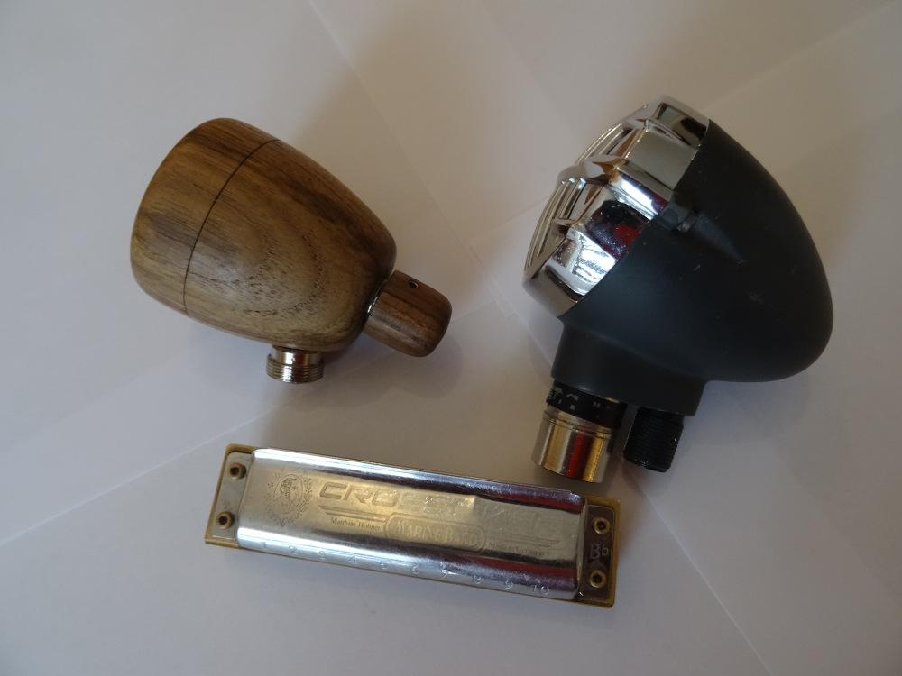 Micro harmonica en bois Dsc09613