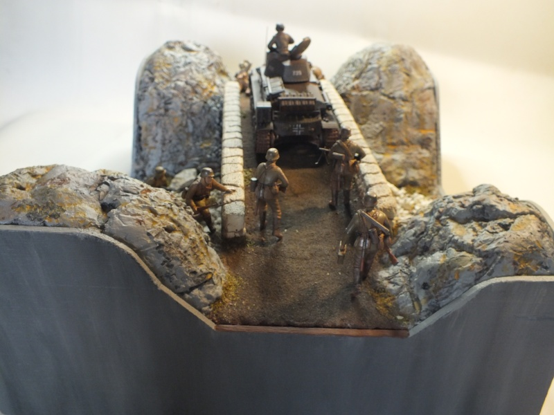 Pz.Kpfw. 35(t) et 2 figurines [ ACADEMY 13280 ] + 7 Figurines [ MB 3518 ]  (Diorama terminé) - Page 2 Dscf0636