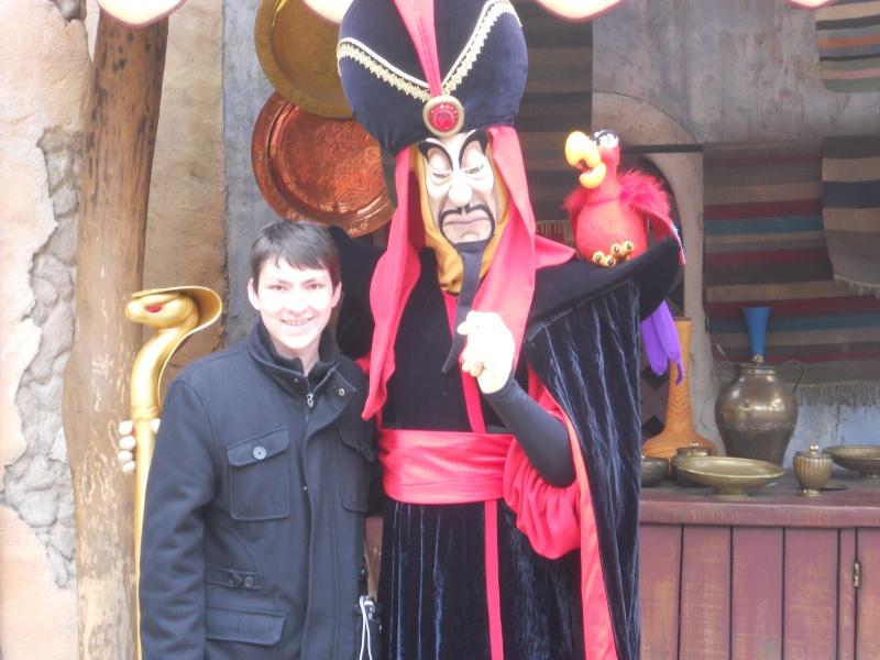 Vos photos avec les Personnages Disney - Page 2 Dscn0321