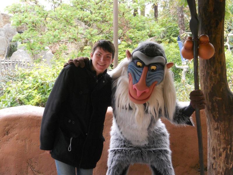 Vos photos avec les Personnages Disney - Page 2 Dscn0322