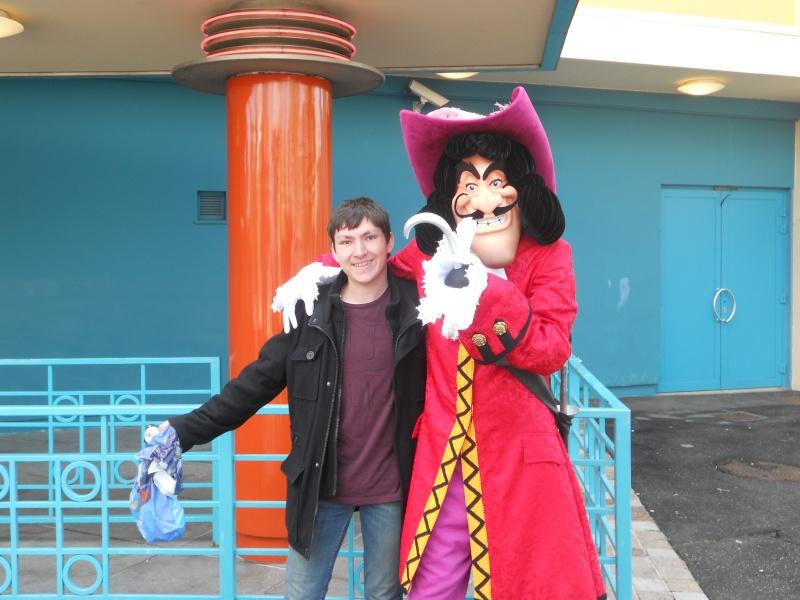 Vos photos avec les Personnages Disney - Page 2 Dscn0510