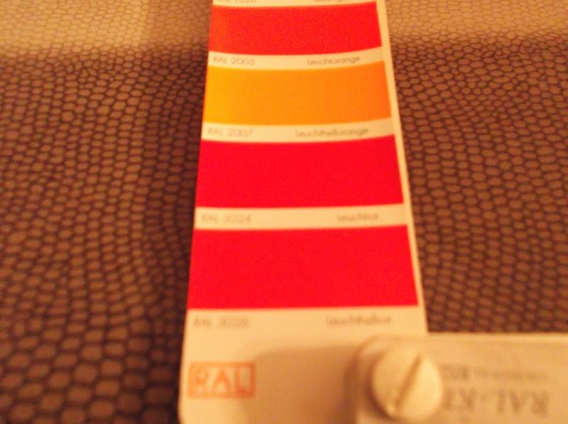 Code couleur des roues unimog 411 - Page 2 Peintu10